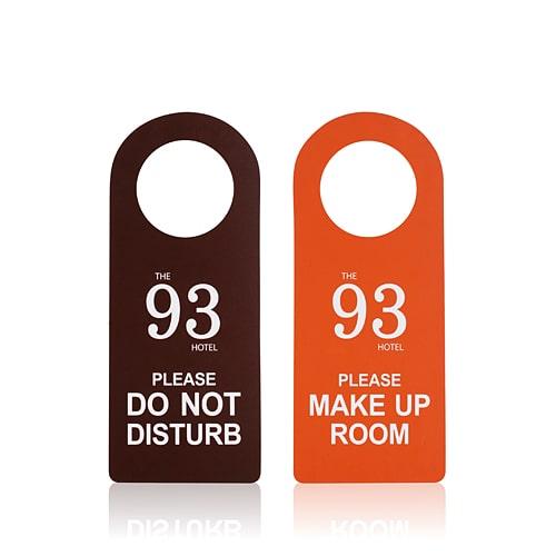 ป้ายแขวนประตู-พิมพ์โลโก้-DRH-D3